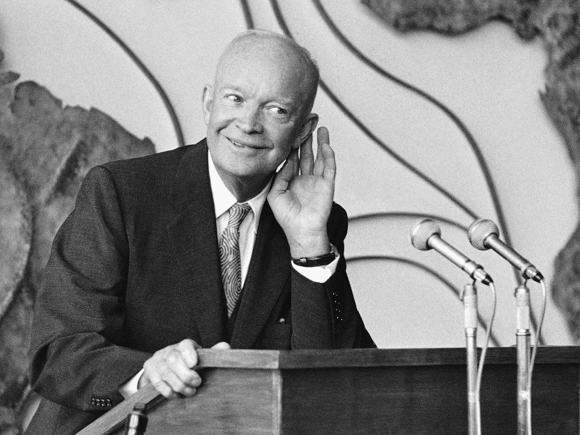 US-Präsident Dwight D. Eisenhower kontaktierte mit seinen telepathischen Fähigkeiten Aliens.