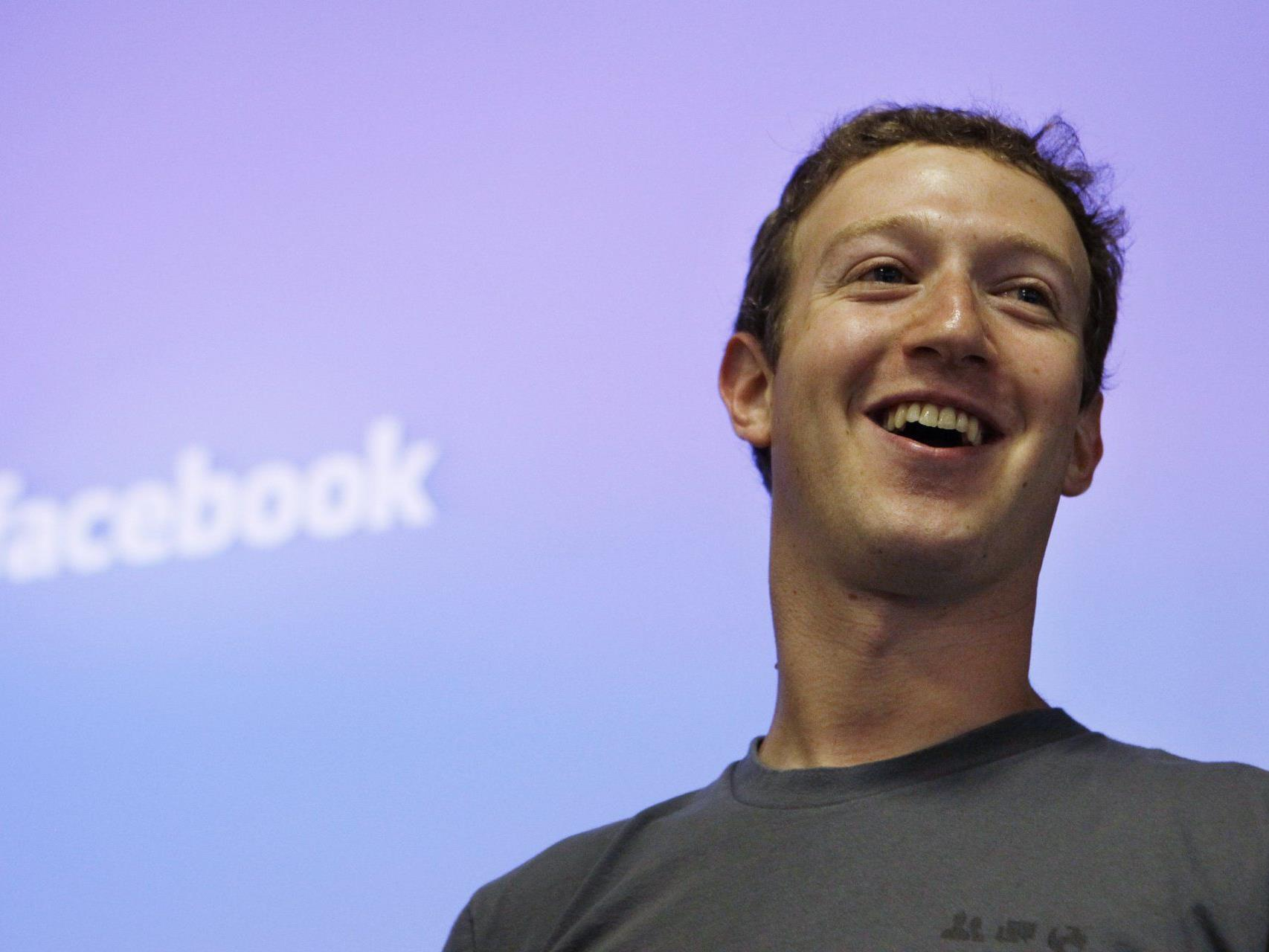 Facebook-Gründer bringt Internet-Netzwerk an die Börse.