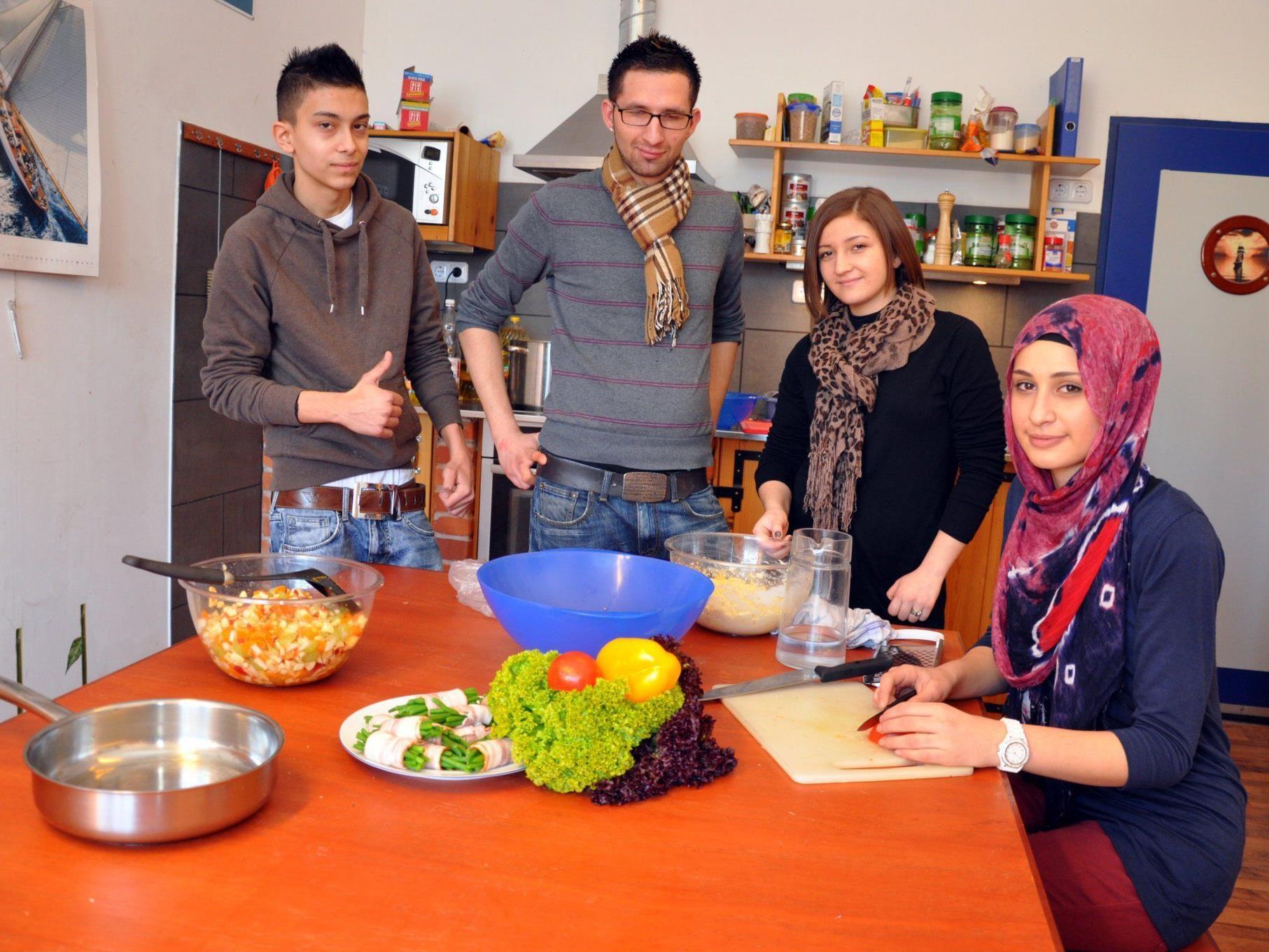 """Jeden Freitag heißt es bei Job Ahoi """"Kochen mit Nenad""""."""
