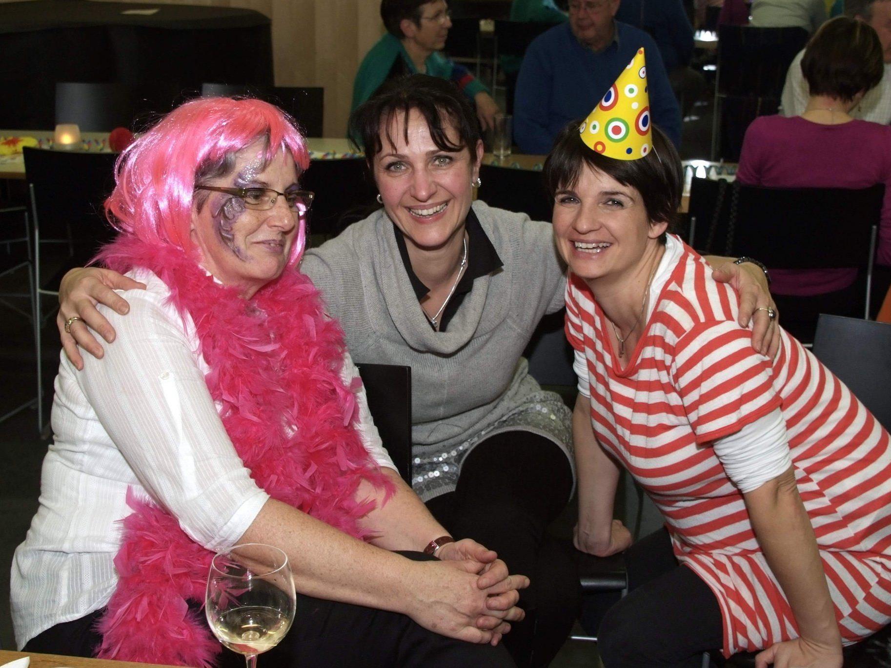 Maria, Annelies und Simone haben sich beim Hock blendend unterhalten.