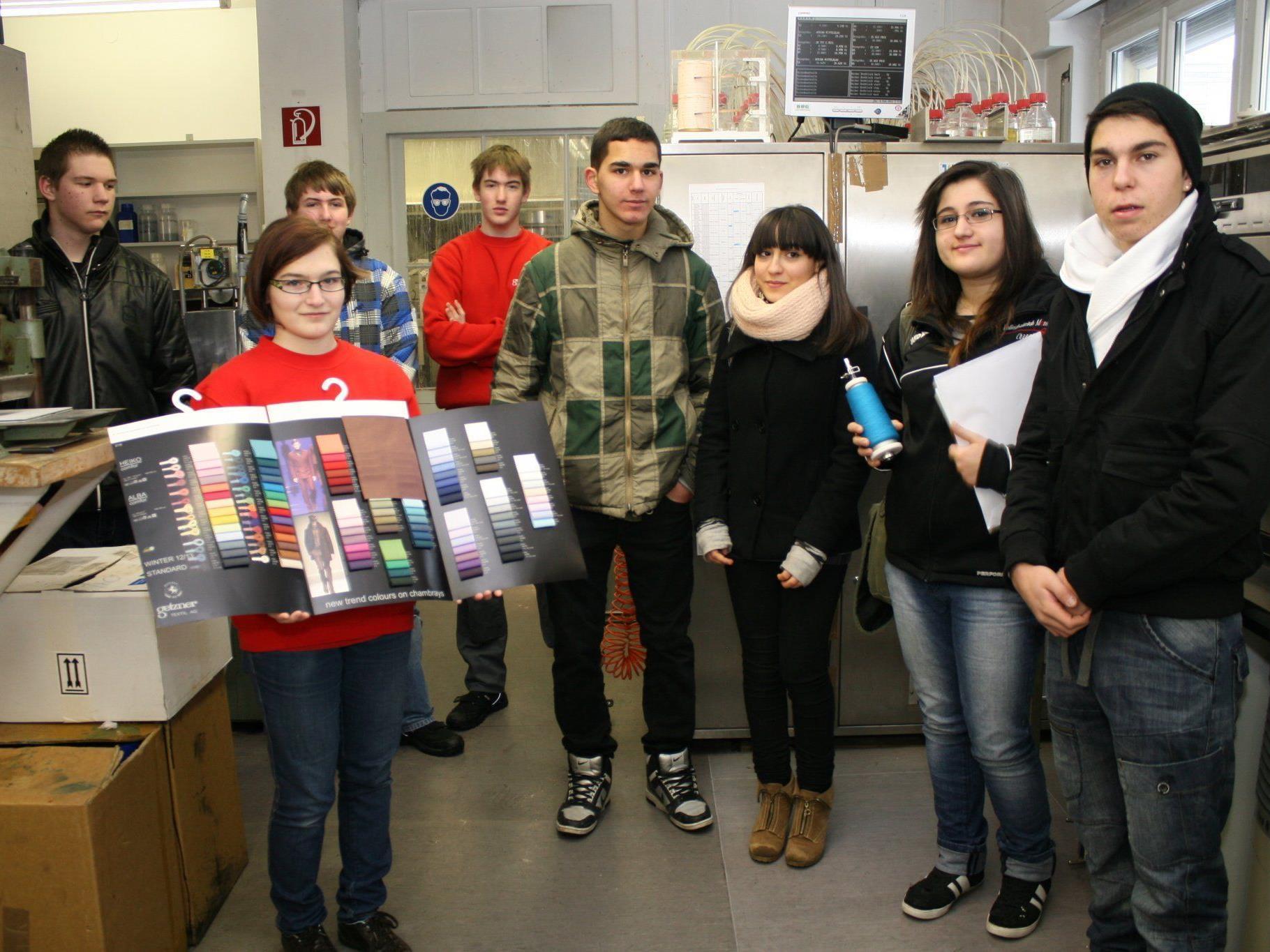 Volles Haus bi Getzner Textil in Bludenz am Lehrlingsinfotag.