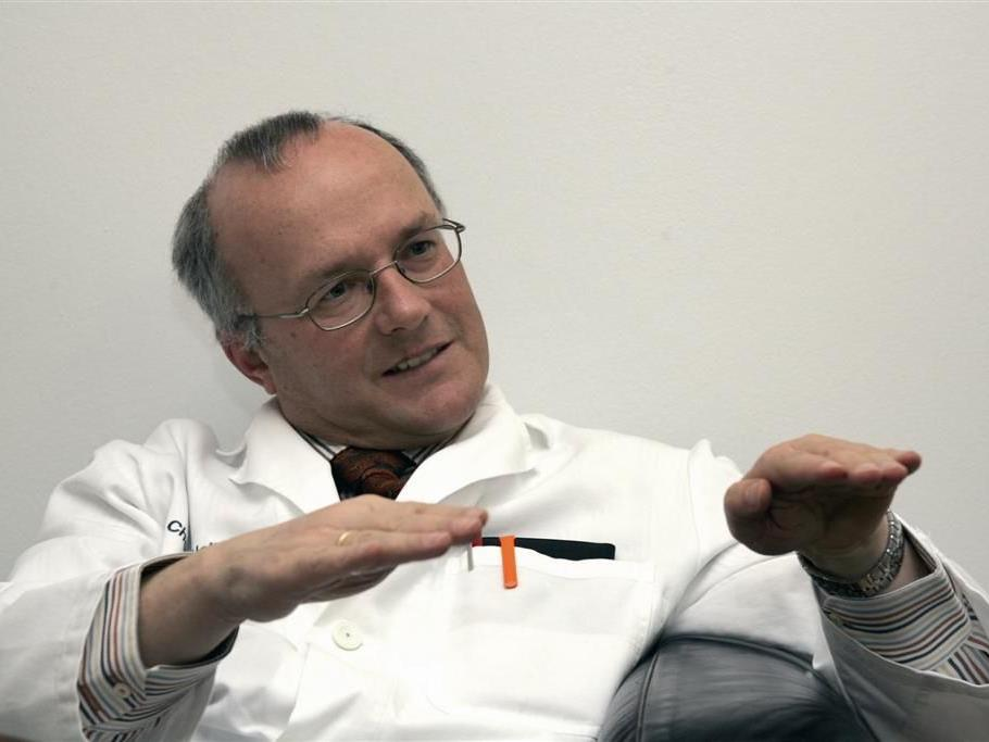 Prim. Dr. Reinhard Haller in aktion