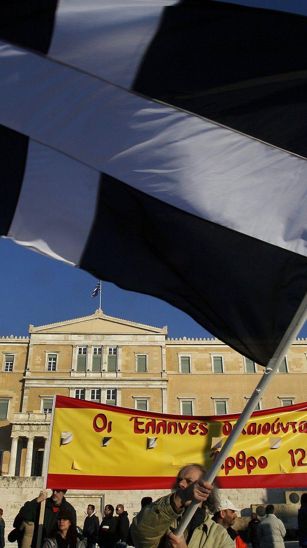 130 Mrd. Euro von der öffentlichen Hand - Private Gläubiger verzichten auf bis zu 74 Prozent.