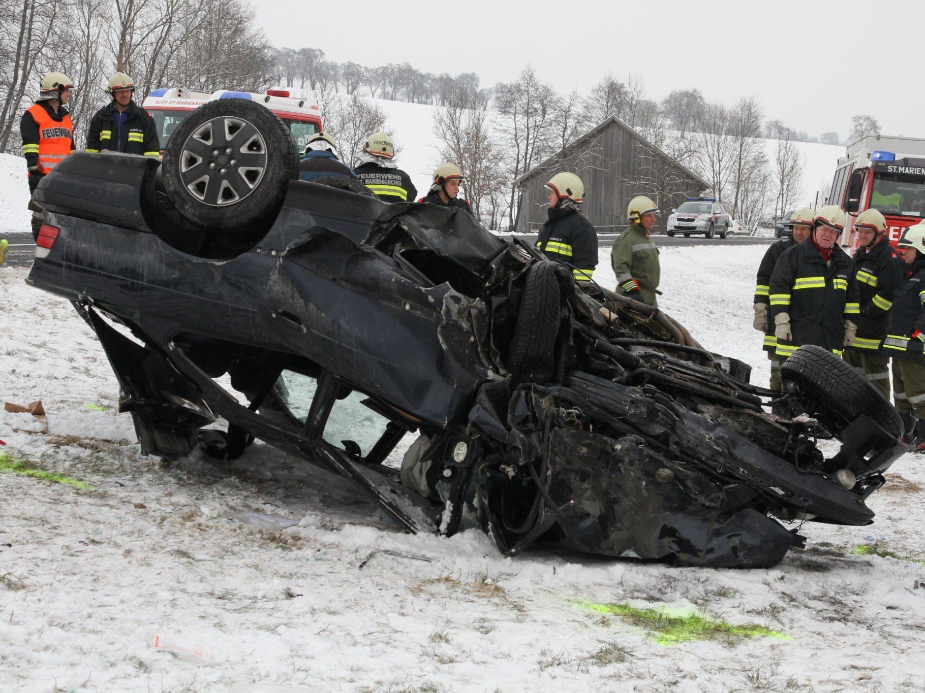Schwerer Verkehrsunfall in St. Marienkirchen.