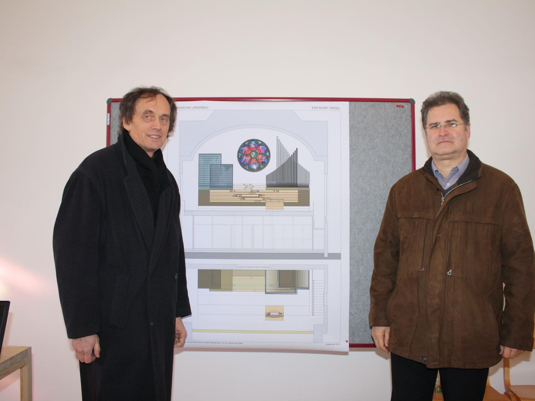 Orgelbauer Wendelin Eberle und Architekt Ernst Beneder präsentierten die Orgelpläne.