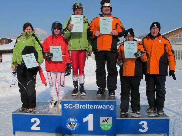 """Die """"Special Friends"""" bewiesen bei den Skimeisterschaften ihr Können auf der Piste."""