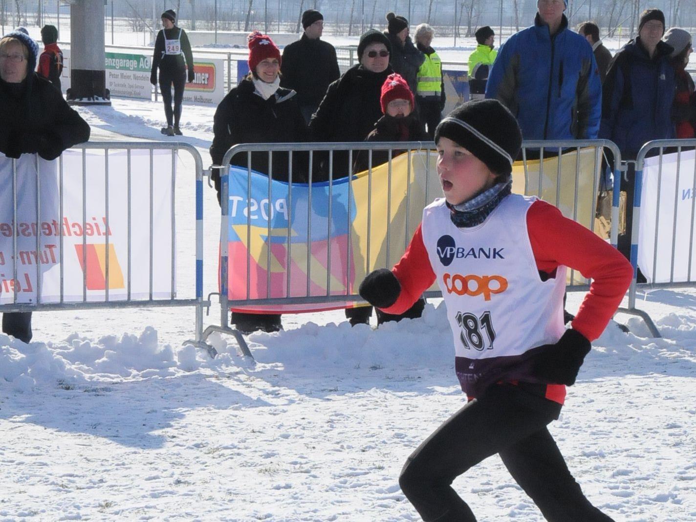 Leon Pauger holte den U 16-Vizelandesmeistertitel im Crosslauf.