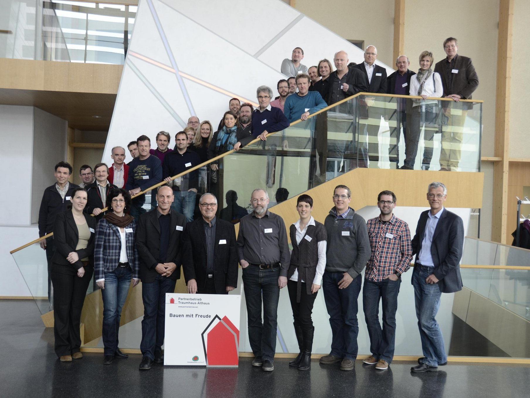 """Rund 60 Mitglieder aus 14 Branchen zählt das Unternehmensnetzwerk """"Partnerbetrieb Traumhaus Althaus""""."""