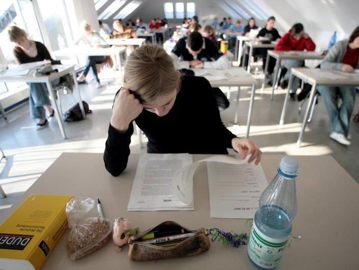 """Strafen für Schulschwänzer? 69 Prozent halten das für """"eher zielführend zur Förderung der Integration"""""""