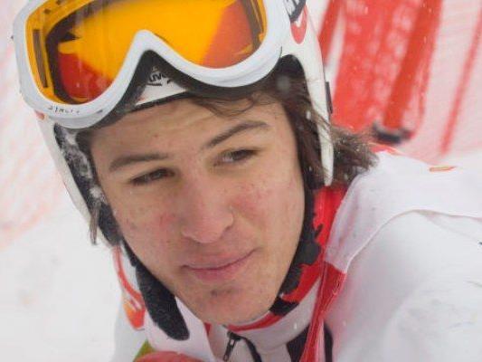 Johannes Strolz siegte beim FIS-RTL in der Steiermark