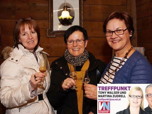 Damentrio: Gerda Moosbrugger (l.) mit Maria Madlener und Evi Moosbrugger.