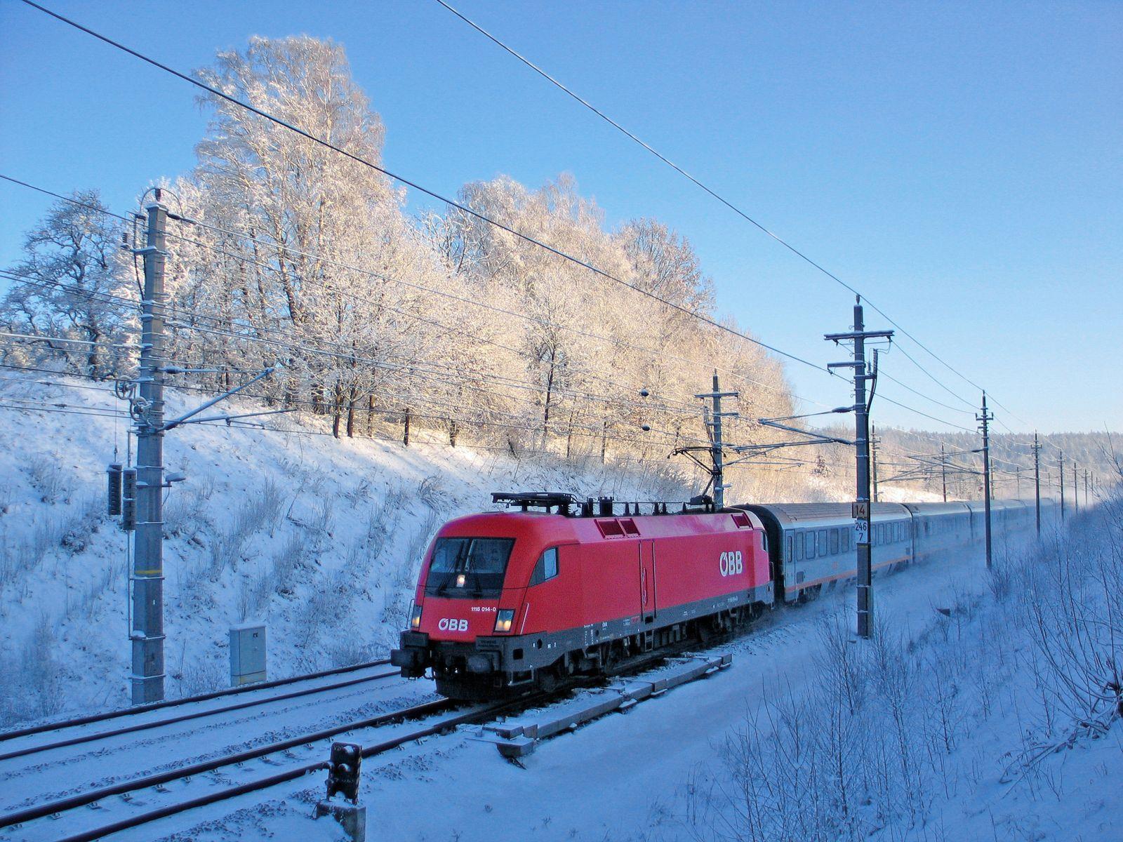 Durchgehender Bahnverkehr über den Arlberg wieder möglich.