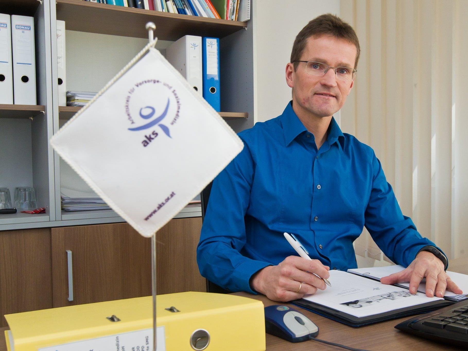 Bernd Klisch fühlt sich in seiner neuer Funktion schon wie zu Hause.