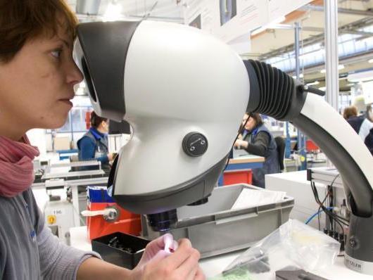 Bei Hirschmann in Rankweil wurden im Vorjahr 95 neue Mitarbeiter eingestellt. Aktuell sind 25 bis 30 Jobs nicht besetzt.