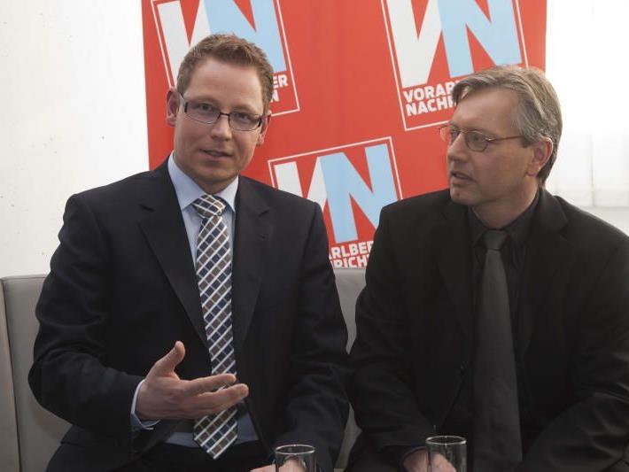Landesdirektor Markus Klement (36, l.) mit Neo-Chefredakteur Gerd Endrich (47) im Interview in der VN-Redaktion.