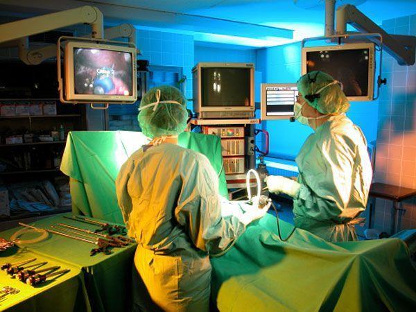 Die Patienten finden in der Schlossbergklinik professionelle Hilfe und Halt. Das könnte sich ab September ändern.