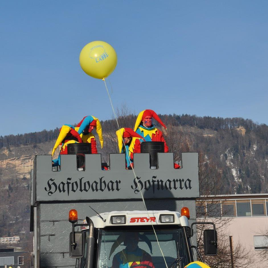 Hof- und andere Narren belebten das Wolfurter Ortszentrum.