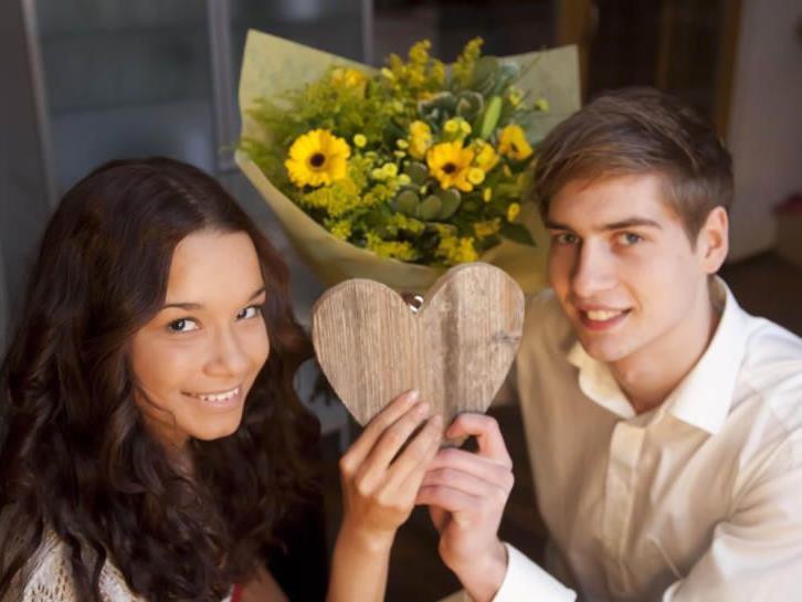 Tag der Verliebten: Blumen gehören zum Valentinstag wie der Kuchen zum Geburtstag.