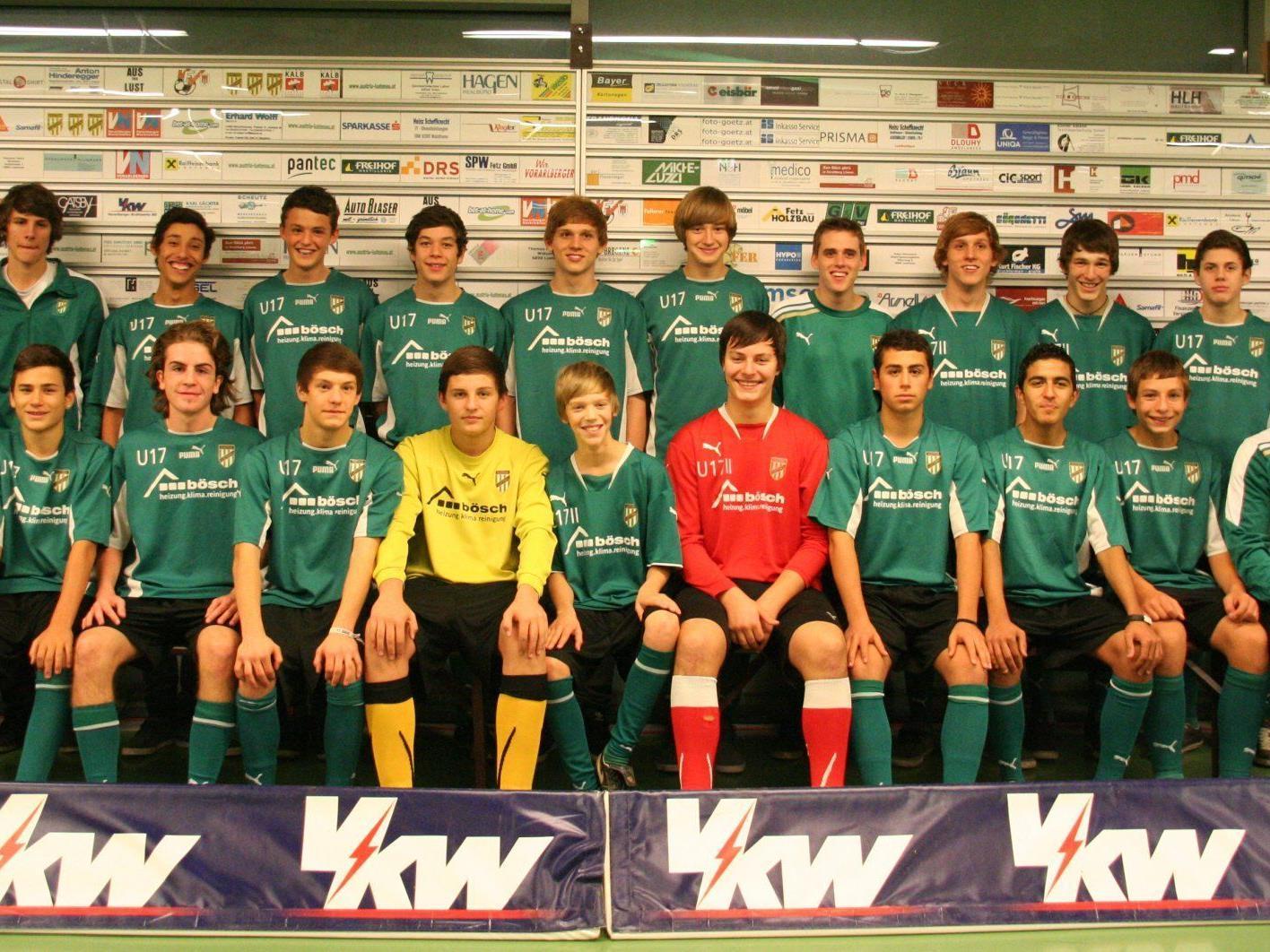 Die U17 des SC Austria Lustenau holte sich souverän den Siegespokal in Koblach.