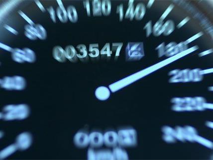 Schnellfahren: In Wien steigt die Zahl der Verkehrsstrafen.