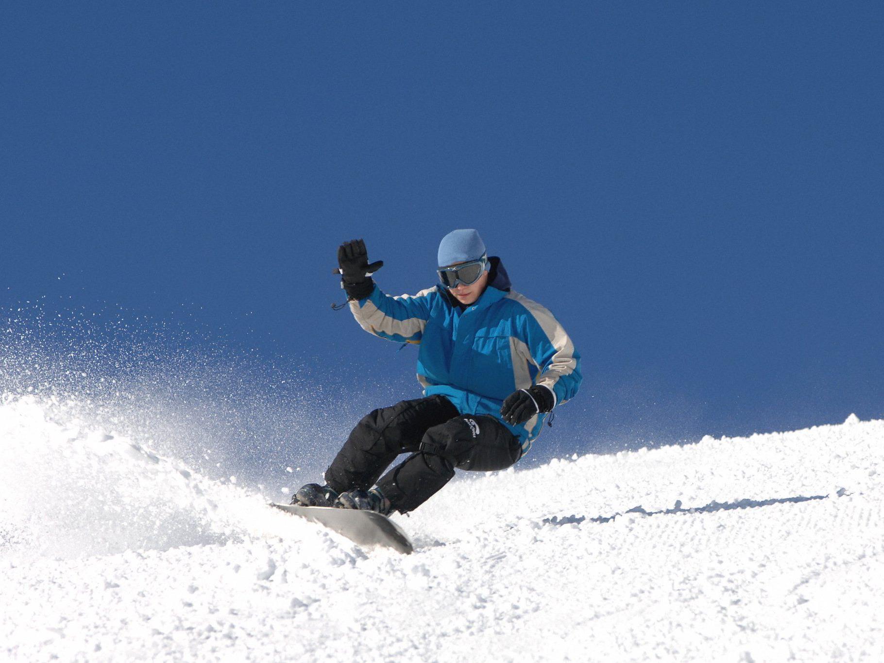 Snowboarder wählte Brandalarm als Hilferuf.