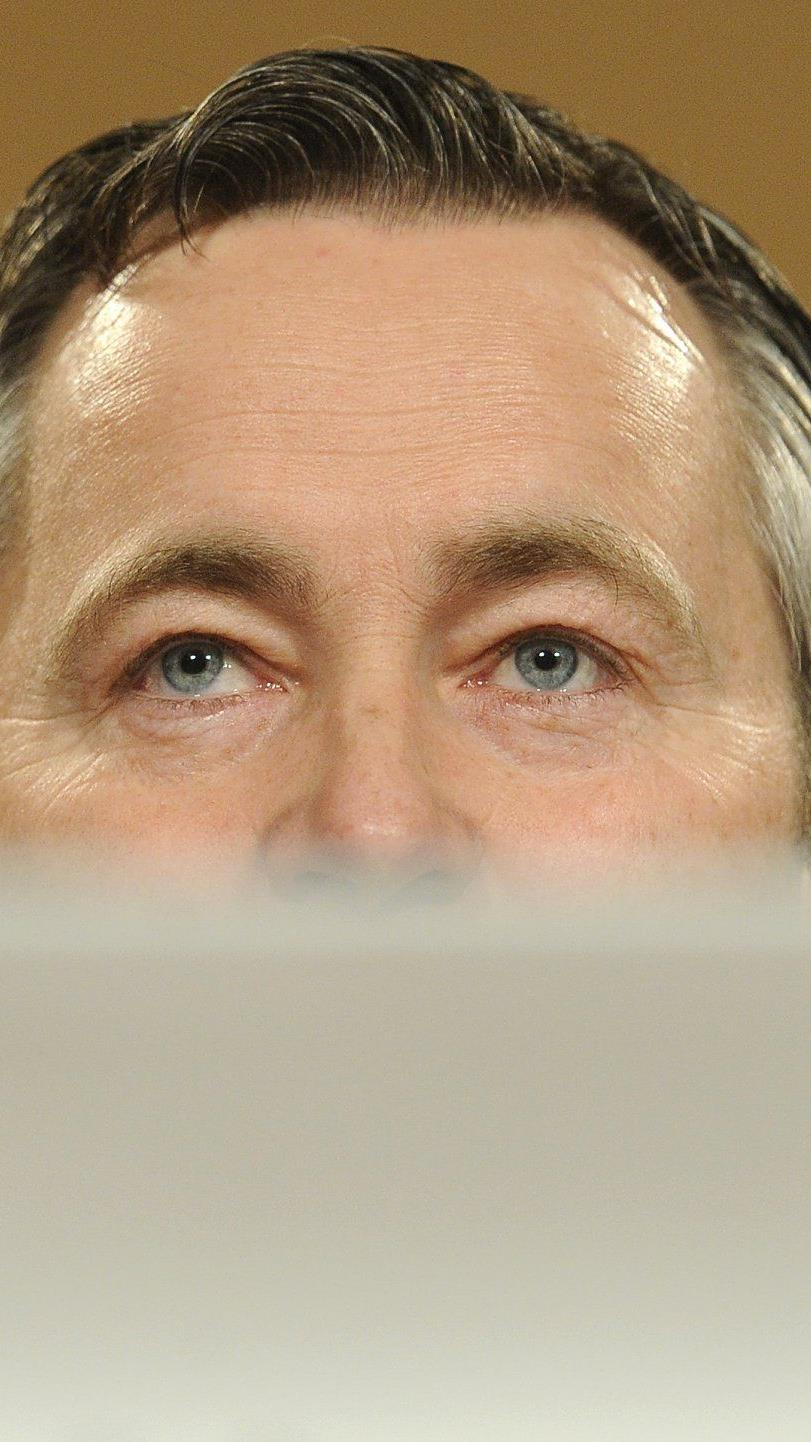 Telekom-Austria-Chef Hannes Ametsreiter kündigt 20 Anzeigen an.