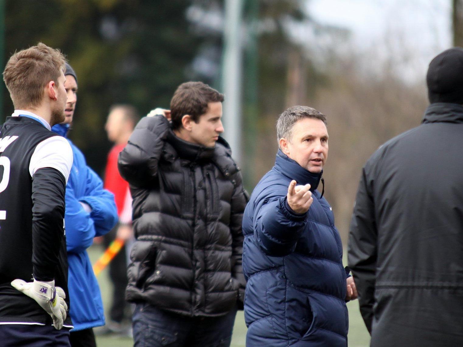 FC Lustenau Trainer Damir Canadi und GF Bernhard Erkinger haben Personalsorgen.