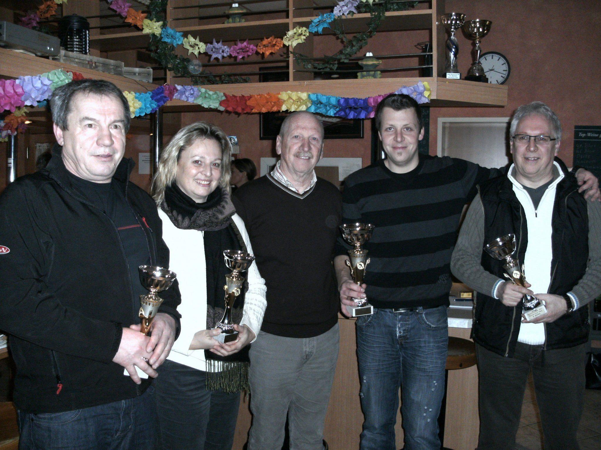 Die glücklichen Gewinner des Turnieres beim BC Hard.