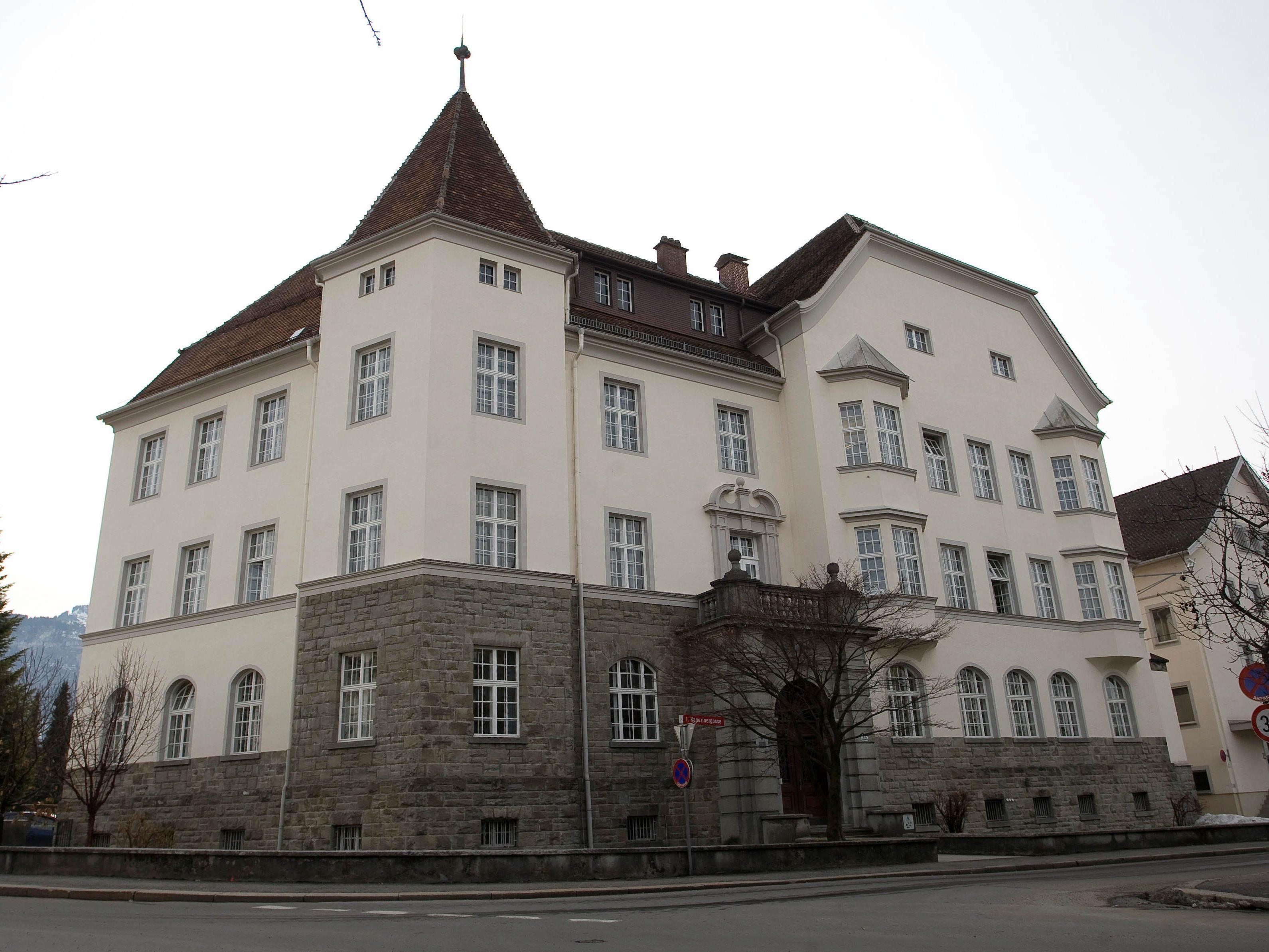 Testamentsmanipulationen beim Bezirksgericht Dornbirn: Vorbereitungen für Strafprozess laufen auf Hochtouren.