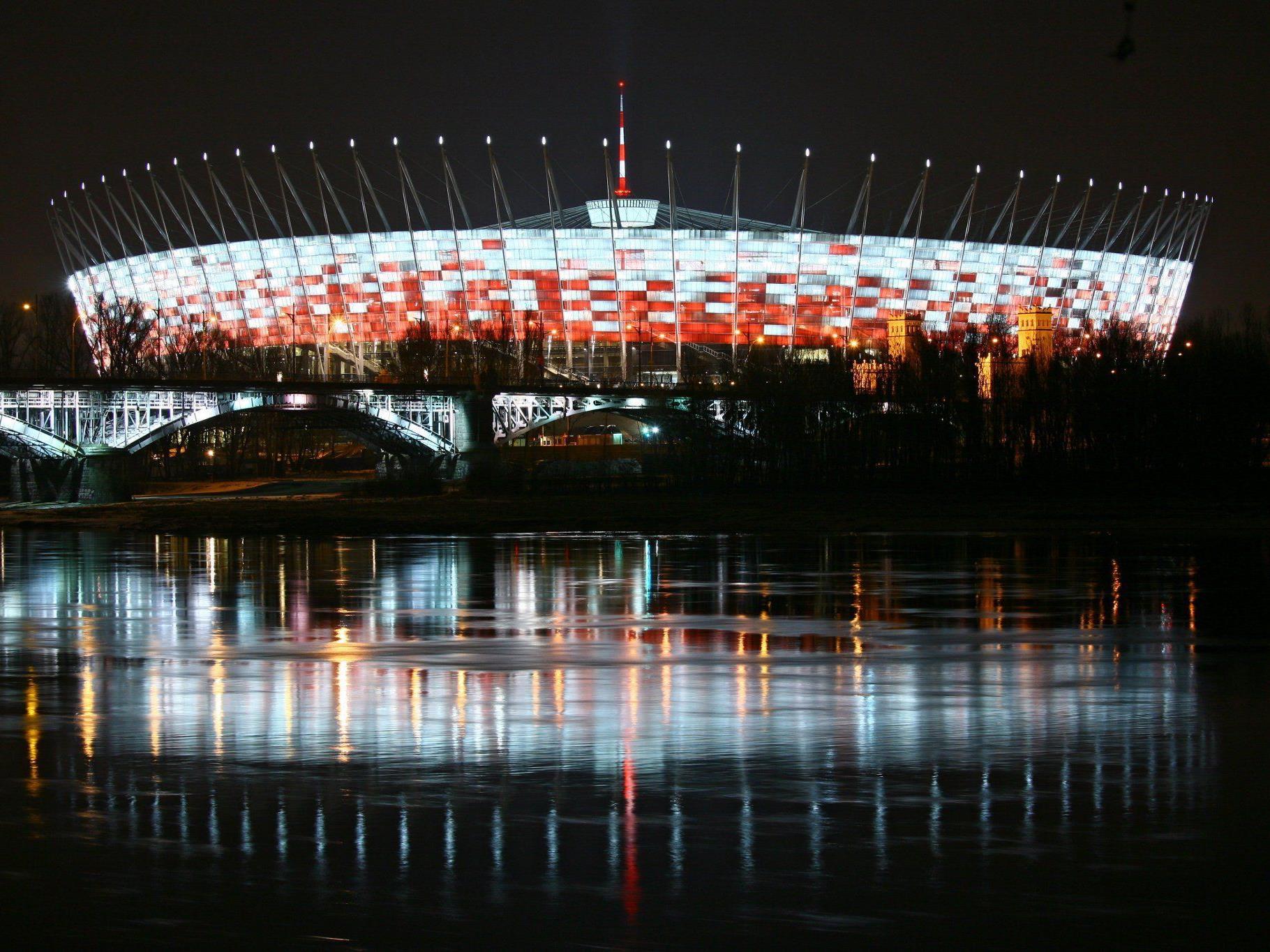 Der Salzburger Bau-Riese Alpine möchte auch in Russland Sportarenen errichten. (Im Bild: Das Nationalstadion in Warschau)