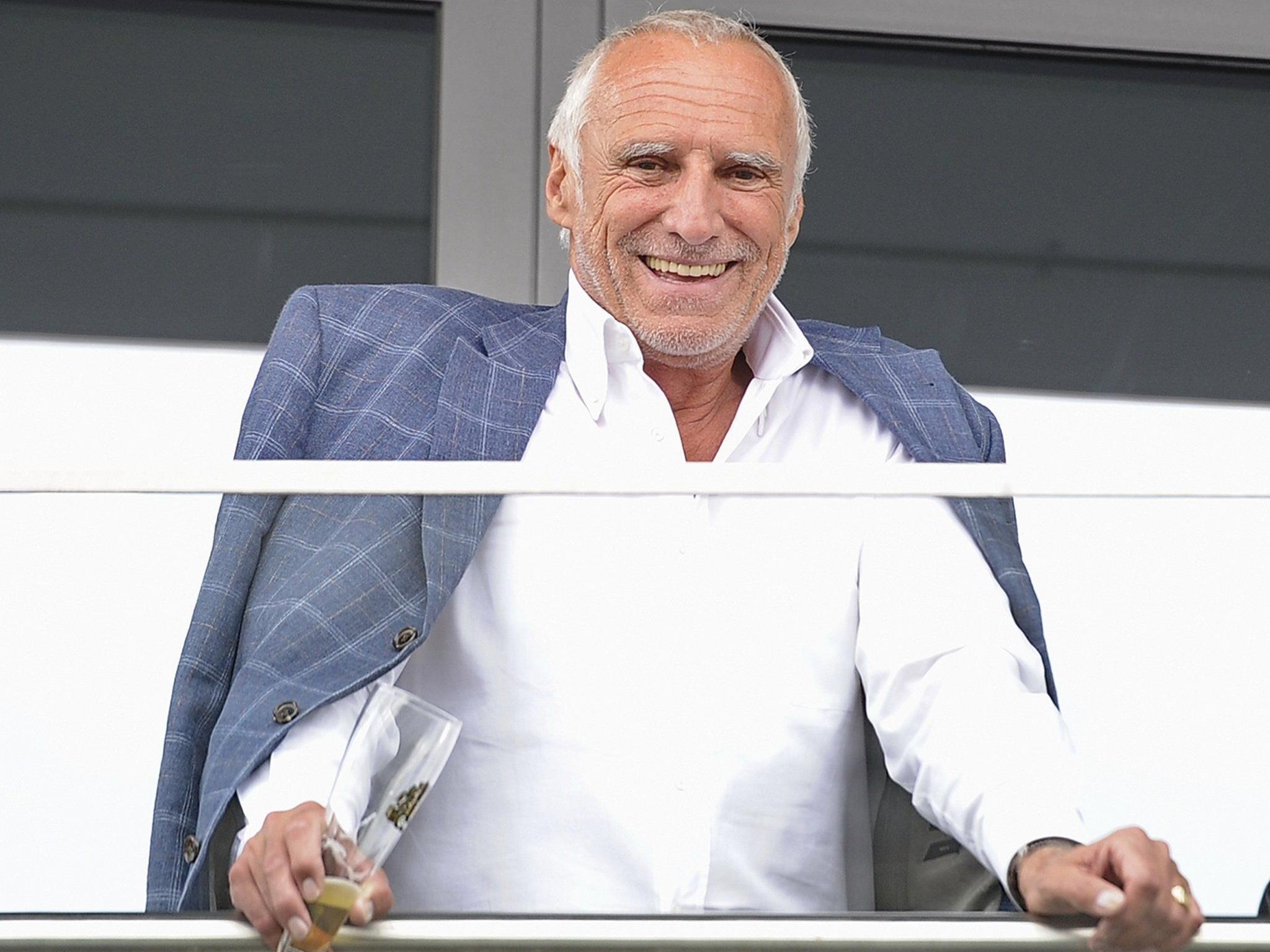 Red-Bull-Chef Didi Matzeschitz hat Grund zur Freude: Weltweit verkaufte das Salzburger Unternehmen 4,631 Milliarden Dosen.