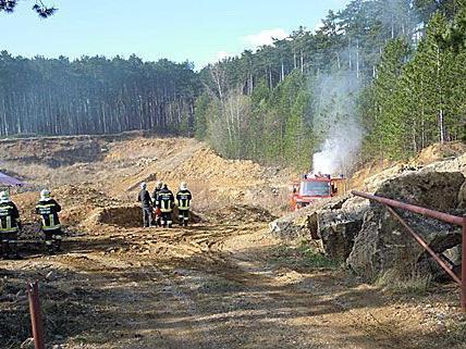 In Raglitz (Bezirk Neunkirchen) musste die Feuerwehr einen brennenden Kompressor löschen