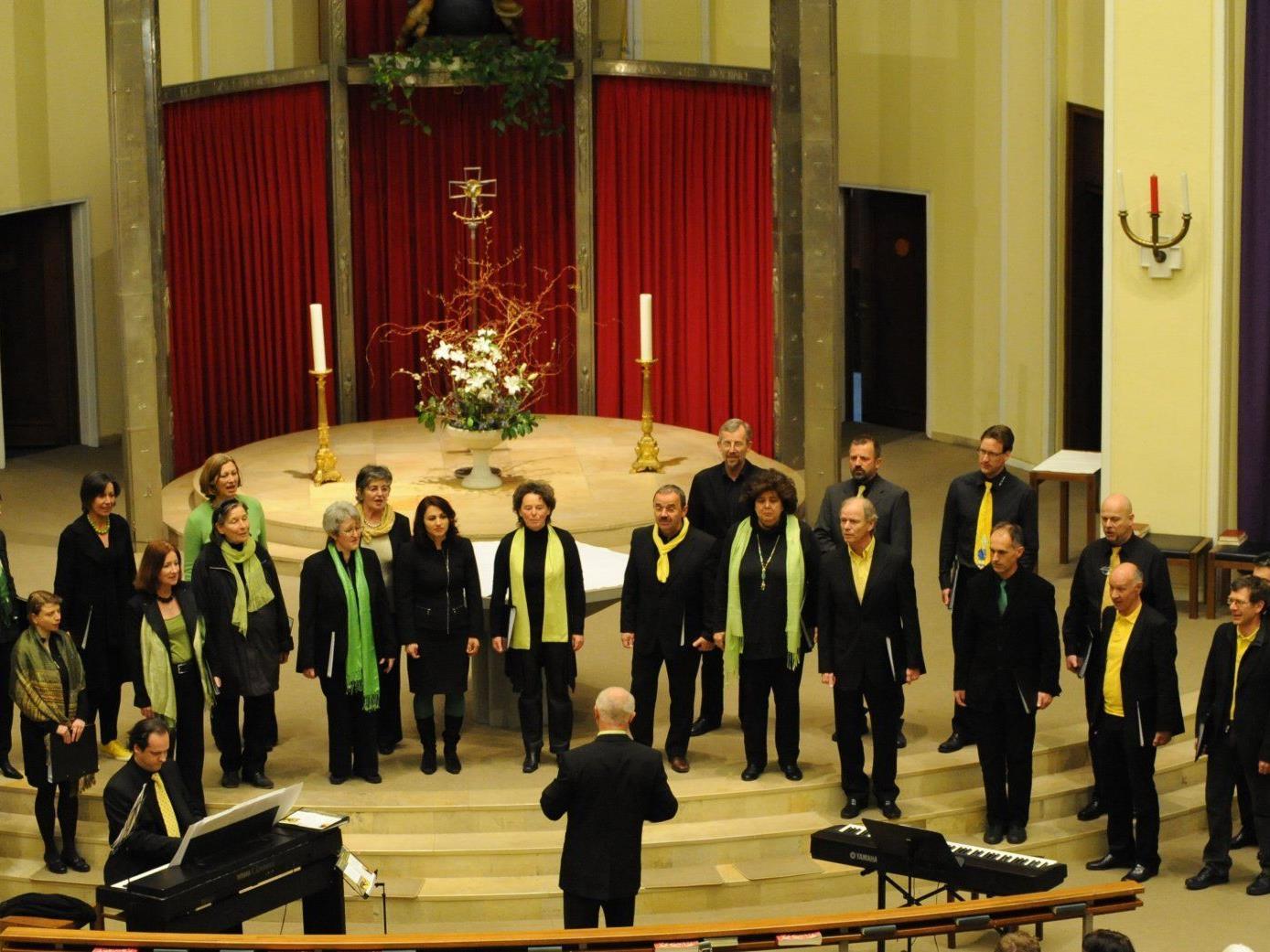 Der Chor Hlahol gestaltet am 25. März 2012 den Gottesdienst in der Pfarrkirche in Muntlix.