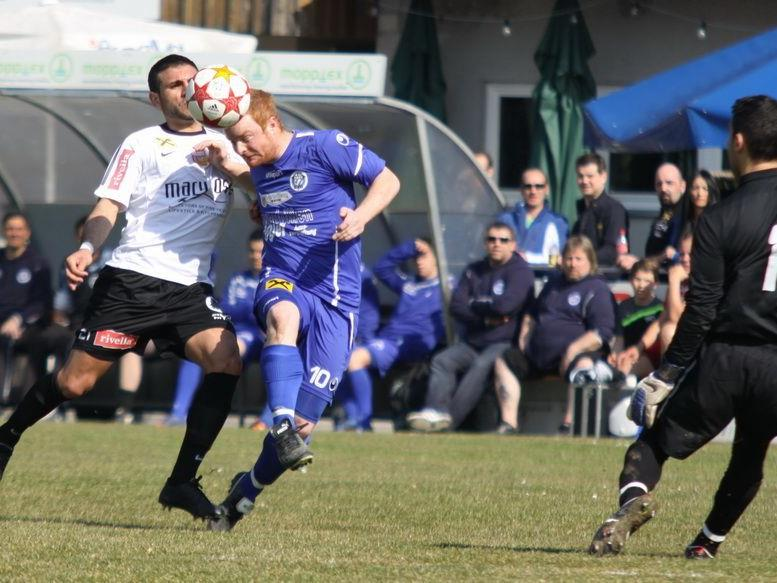 Goldtorschütze Herbert Sutter traf zum 1:0 für FC Hard.