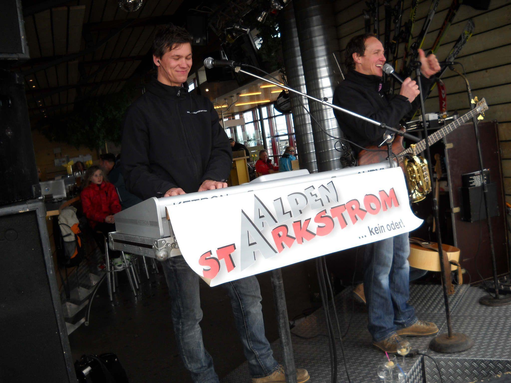 """""""Alpenstarkstrom"""" sorgte für super Après-Schi-Stimmung."""