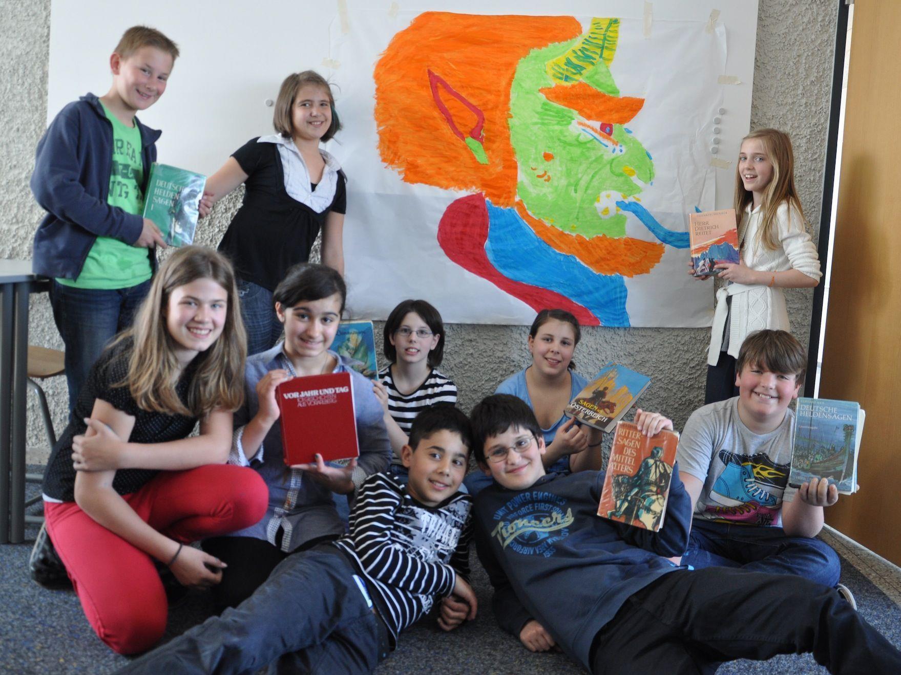 """Die Mittelschule Lauterach stand beim Lesetag ganz im Zeichen der """"Sagen""""."""