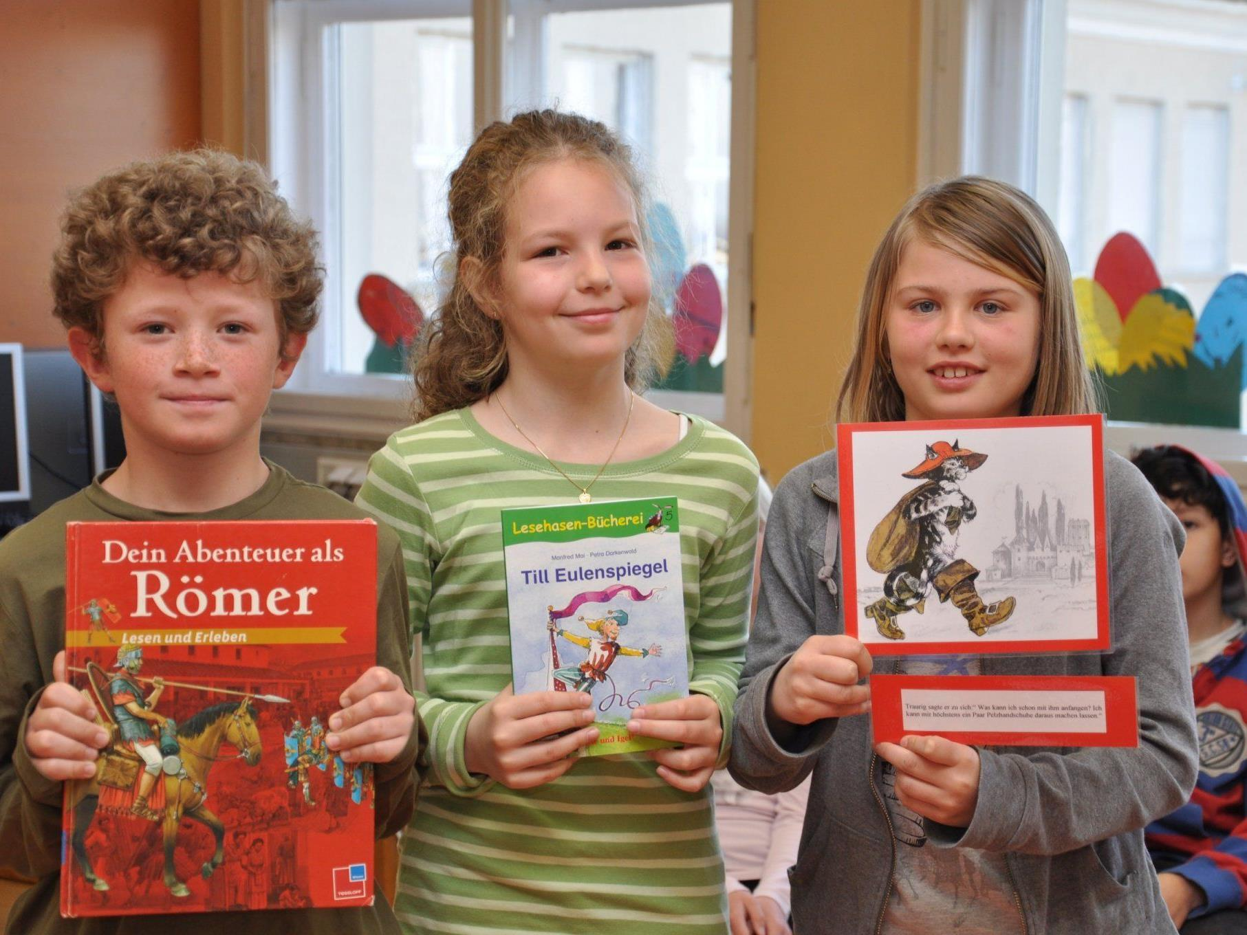 Die gesamte Volksschule Hörbranz feierte den Lesetag mit einem Lesefest.