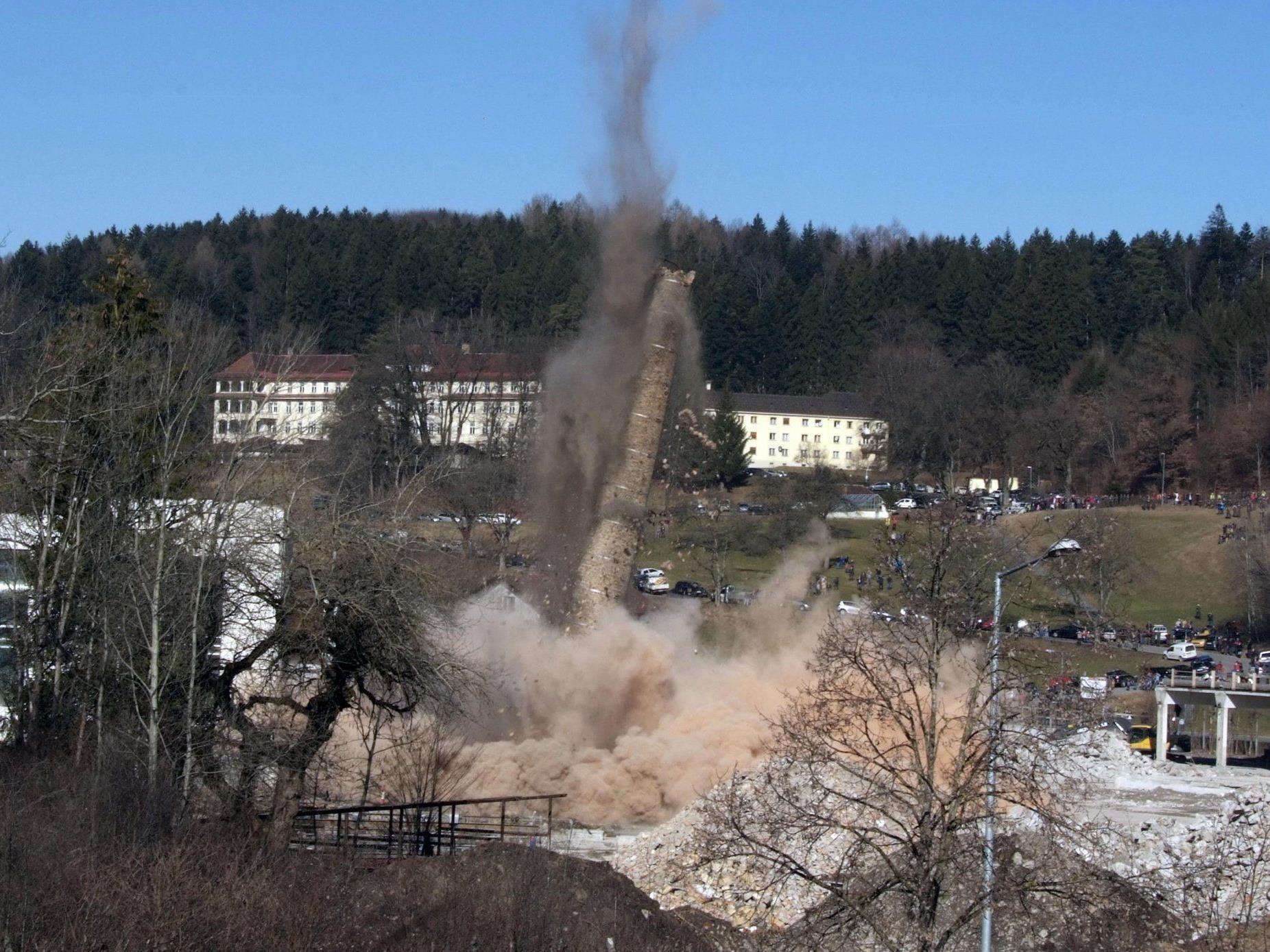 Das letzte Stück Walgauer Textilgeschichte wurde in die Luft gesprengt.