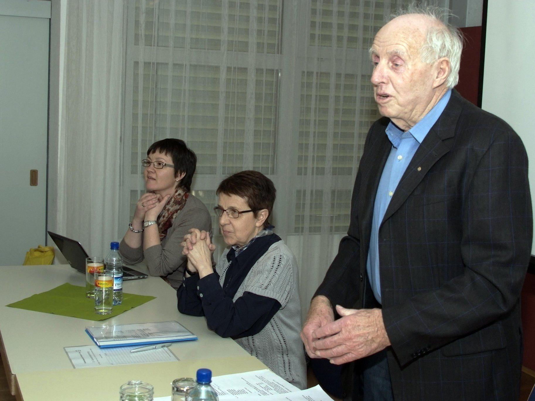 Beim KPV-Bludesch gaben Helmut Müller, Christine Kurnik und Cilli Egger Rechenschaft.