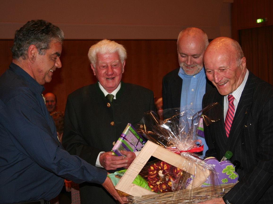 Thomas Gamon, Dr. Hans Burtscher, Dr. Mario Broggi und Dr. Gerhard Wanner.