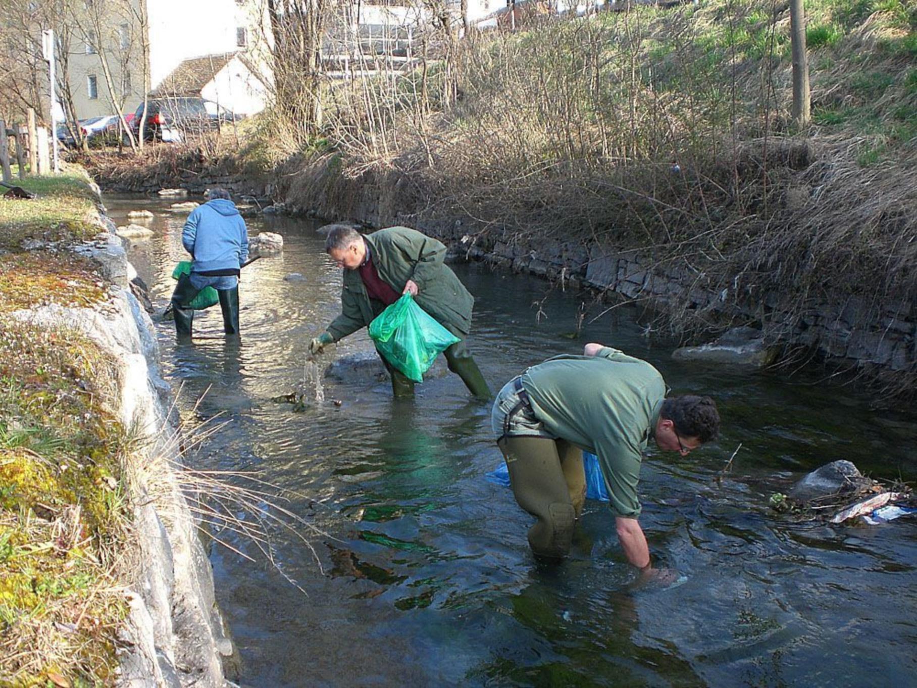 Rund 300 Mitglieder der Bludenzer Vereine sind auch dieses Jahr bei der Landschaftsreinigung dabei.