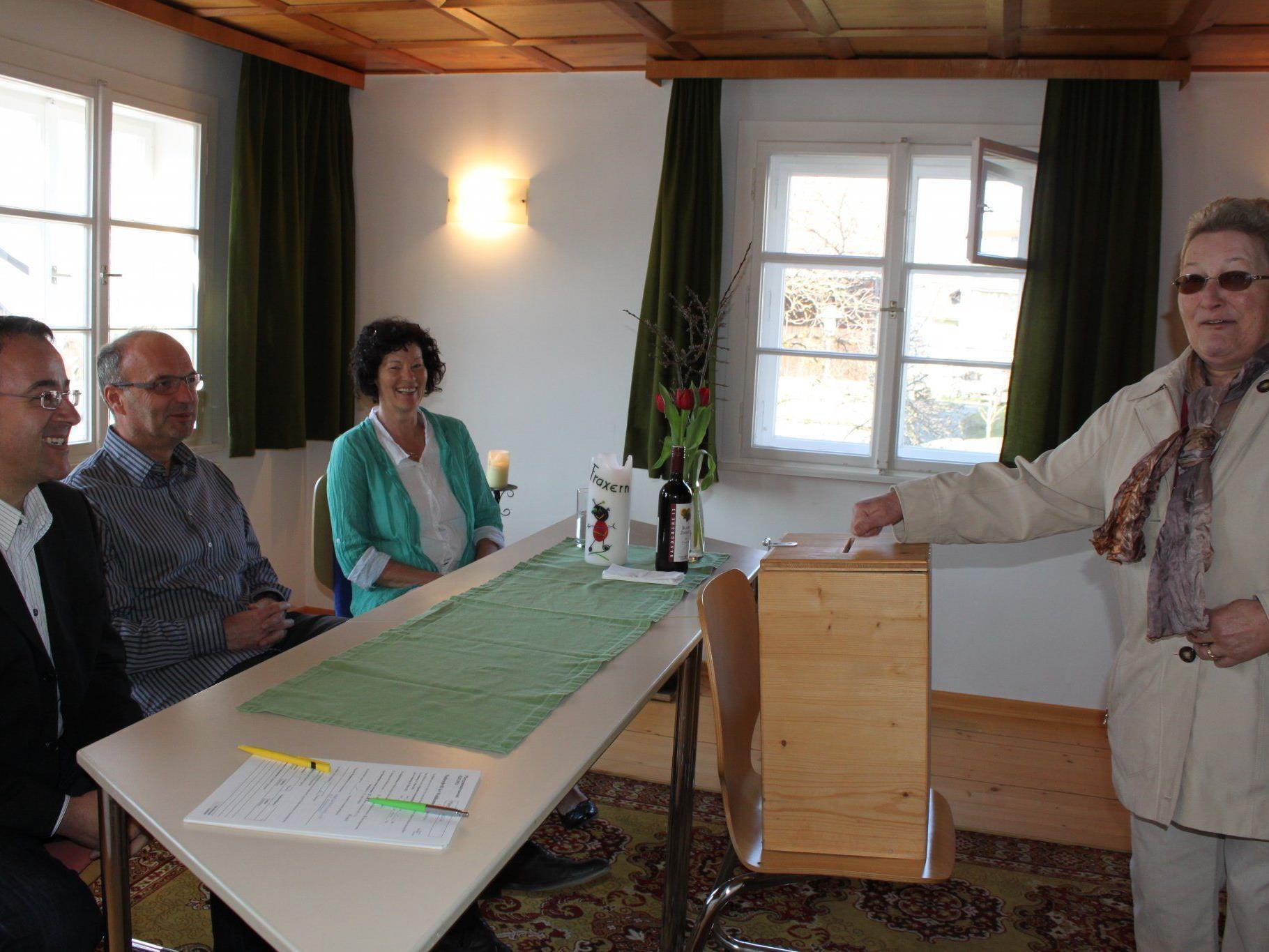 PGR-Wahlen im Pfarrhof Fraxern.