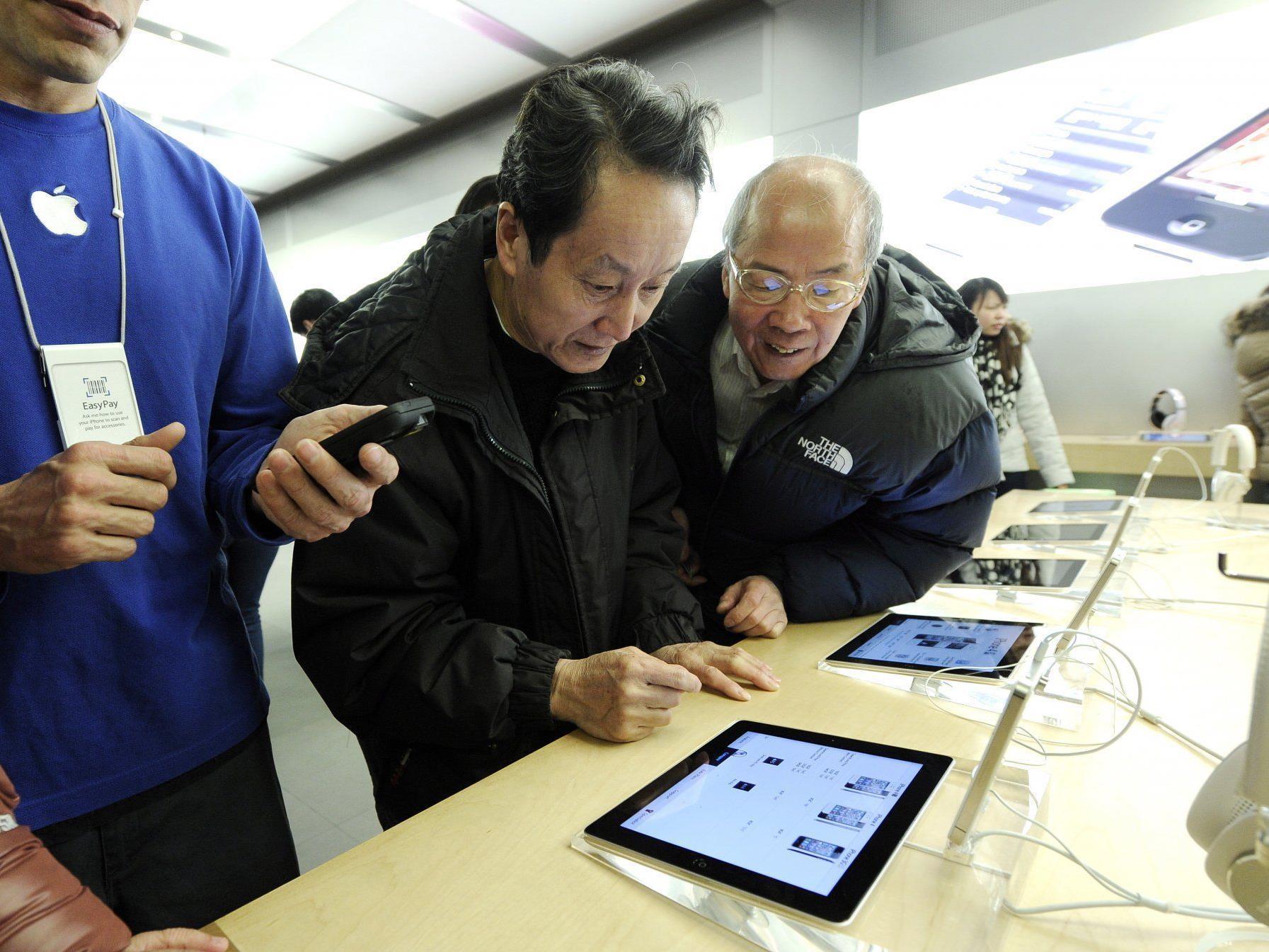 Jubelstimmung bei Apple: die neuen iPads gehen weg wie warme Semmeln.