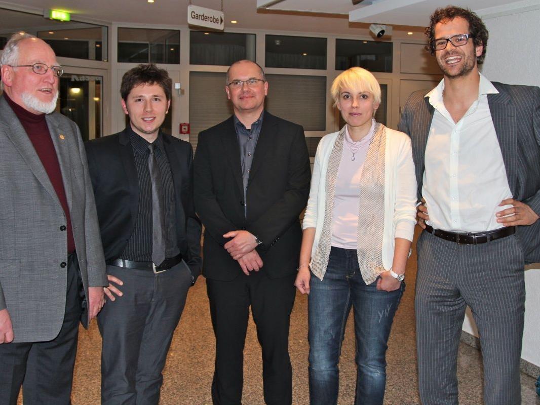 Die fünf Neuen: Richard Werner, Johannes Spies, Hans Gruber, Simone Drechsel  und Gerhard Stieger