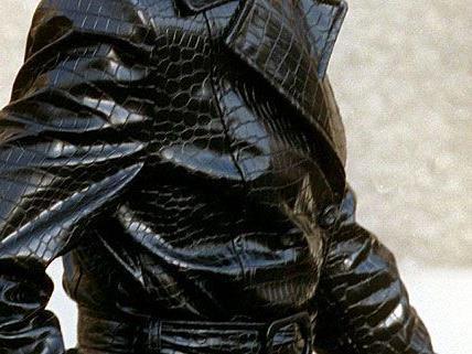 Eine noch nicht im Handel erhältliche Lederjacke ließ die Hehler auffliegen