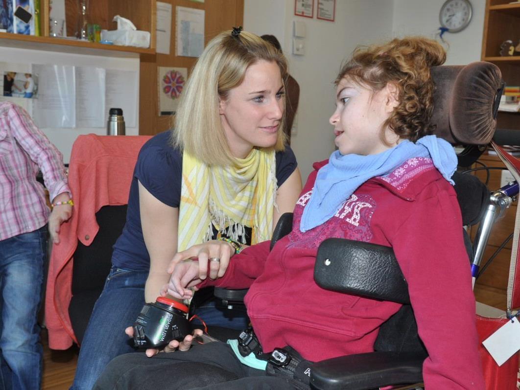 Magdalena Rützler beteiligte sich mit unterstützender Kommunikation am Lesetag.