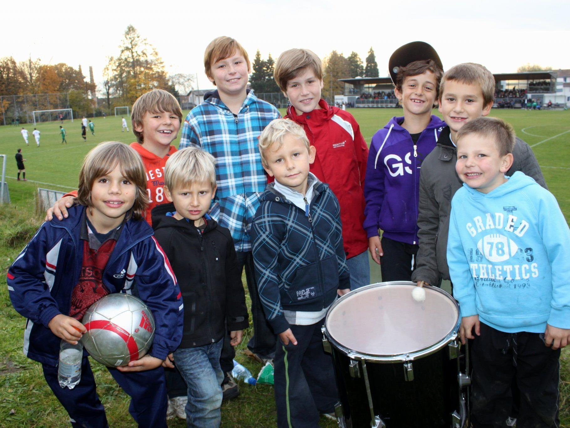 Auch die jungen SV-Typico-Lochau-Fans werden ihr Team wieder lautstark unterstützen.