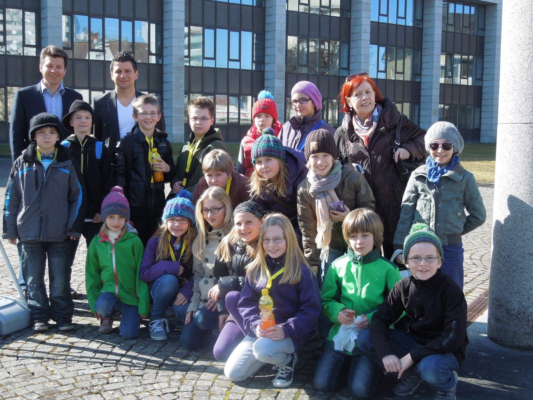 Die Schüler der VS Schoren waren begeistert von der tollen Führung im Bregenzer Landhaus.