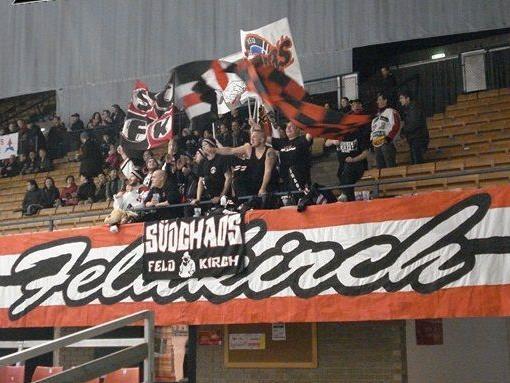 VEU Fans in der Grazer Eishalle