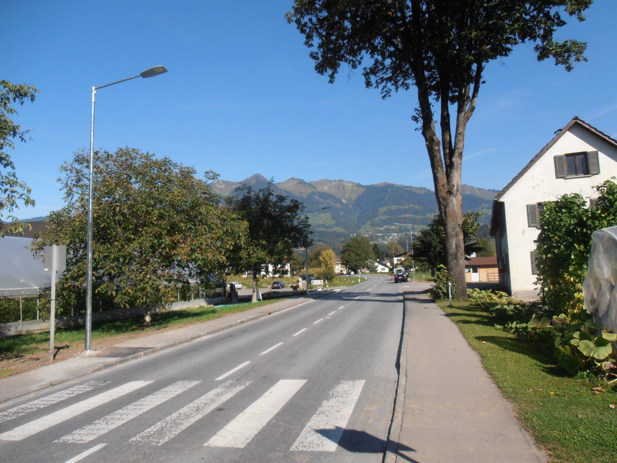"Neue LED-Straßenbeleuchtung wird ""eröffnet""."